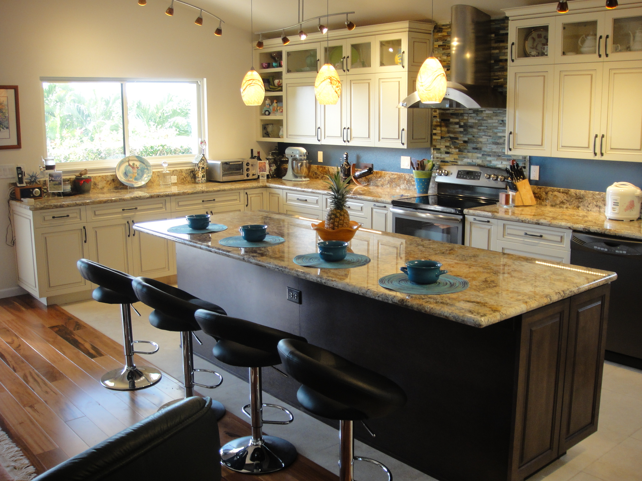 exceptional Hawaii Kitchen Remodel #7: Royal Kunia residence · Kitchen